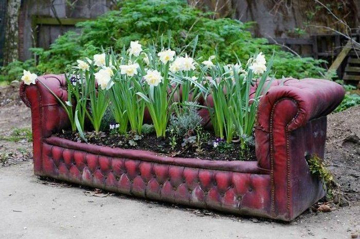 manualidades faciles sofa viejo jardinera
