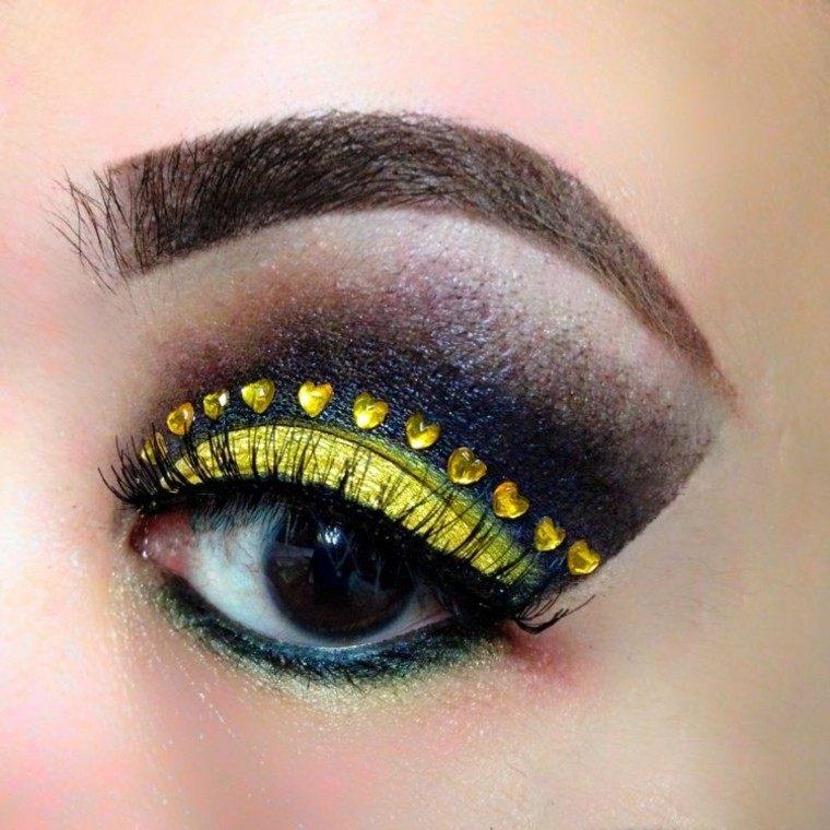 maquillaje de ojos corazones perlas imitacion
