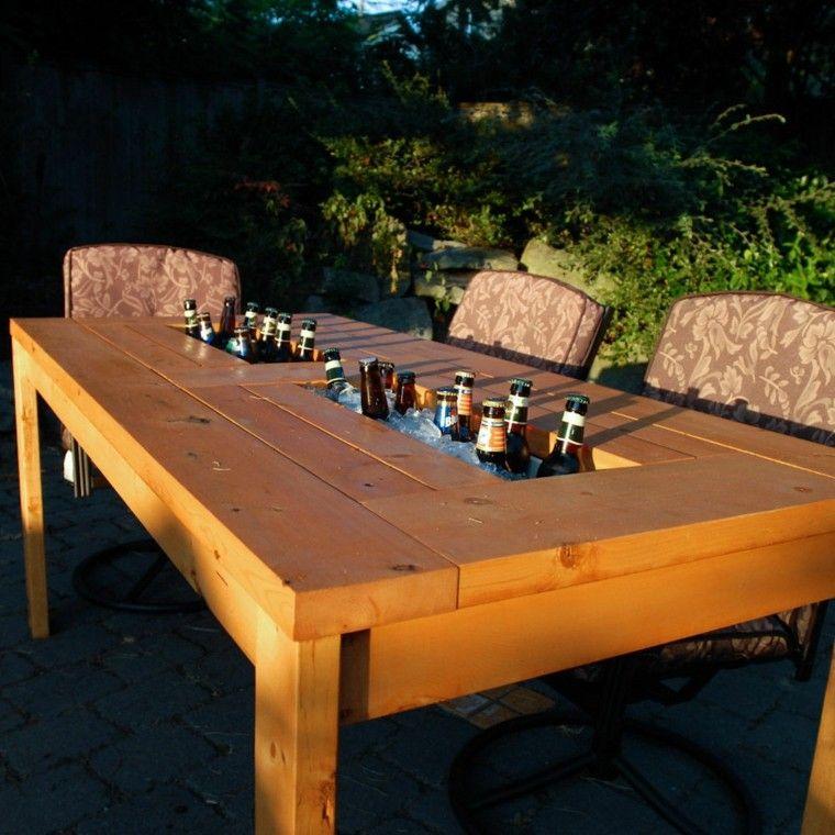 mesa madera rubusta jardin lugar cervezas ideas