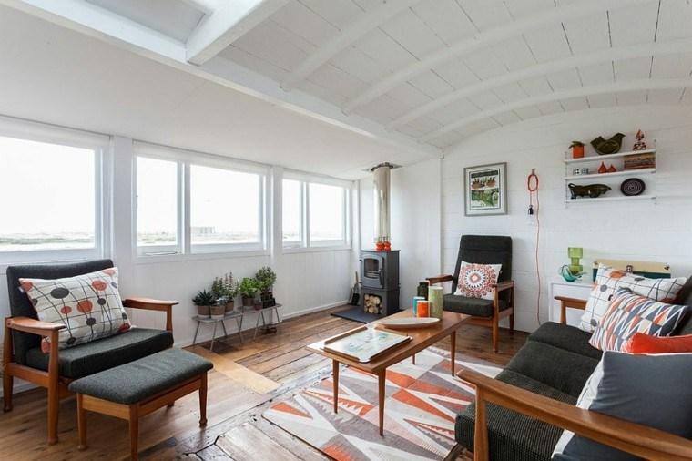 mesa madera sofa negra salones diseno escandinavo ideas