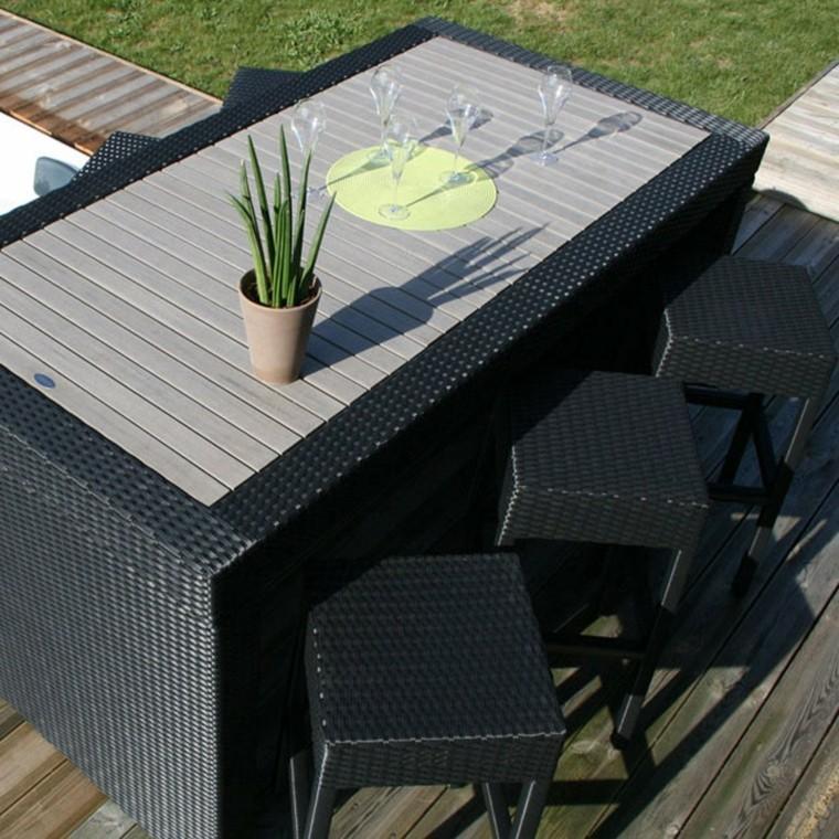mesa rattan taburetes altos negros