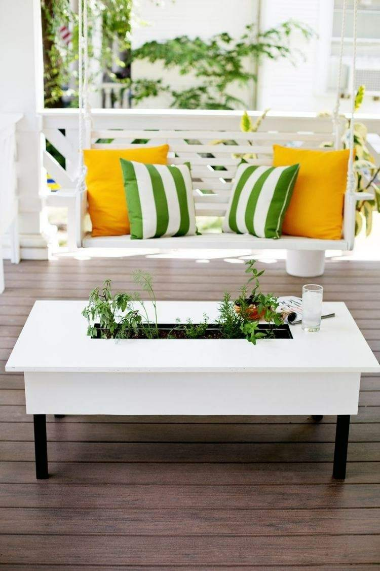 mesa te jardinera plantas dentro