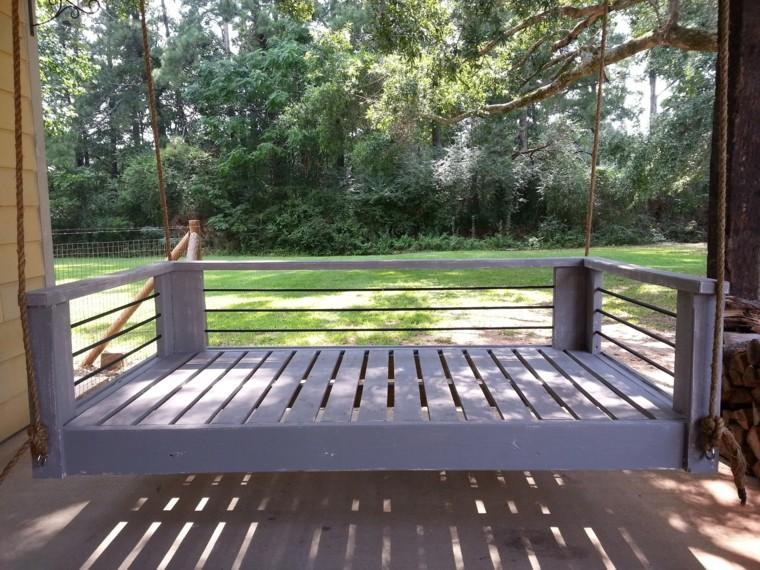 mobiliario gris cuerdas exterior cama