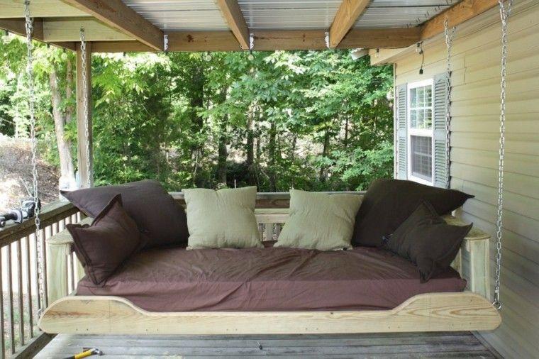 mobiliario terraza almohadones marrones exterior