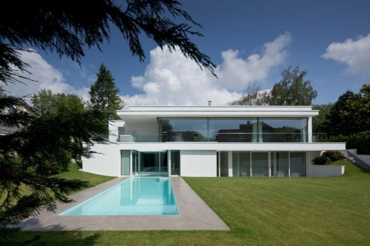 modelos piscinas estilo moderno cesped