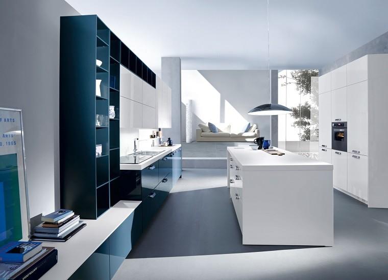 moderna italiana diseño funcional azul