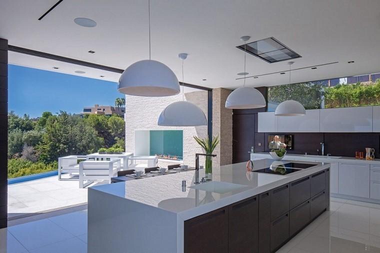 moderna lujo clara cocina piscina