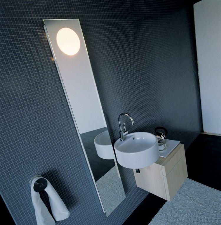 moderno alargado espejo toallas redondo