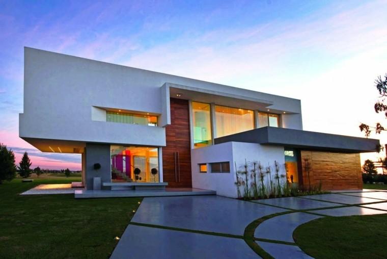 moderno frente casa creativo tenue