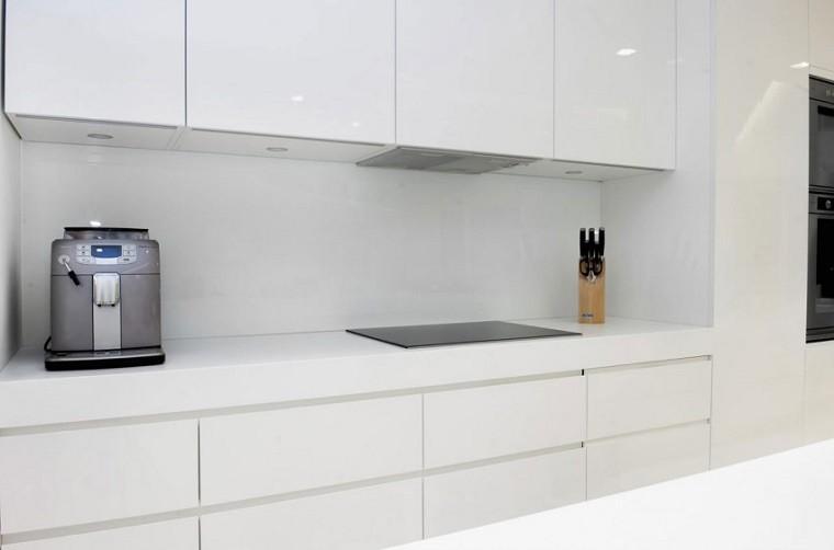 muebles cocina tiradores gola blancos