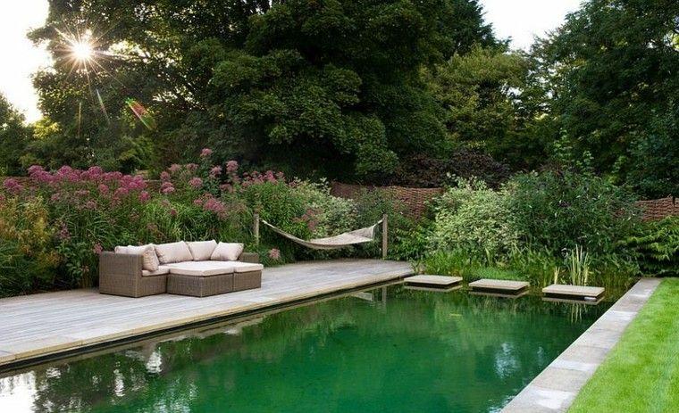 muebles de jardín hamacas estanque grande bonito ideas