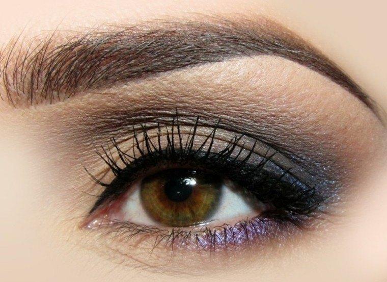 mujer ojos detalle sencillo delineado