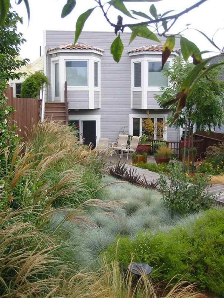 diseño de jardines muchas plantas