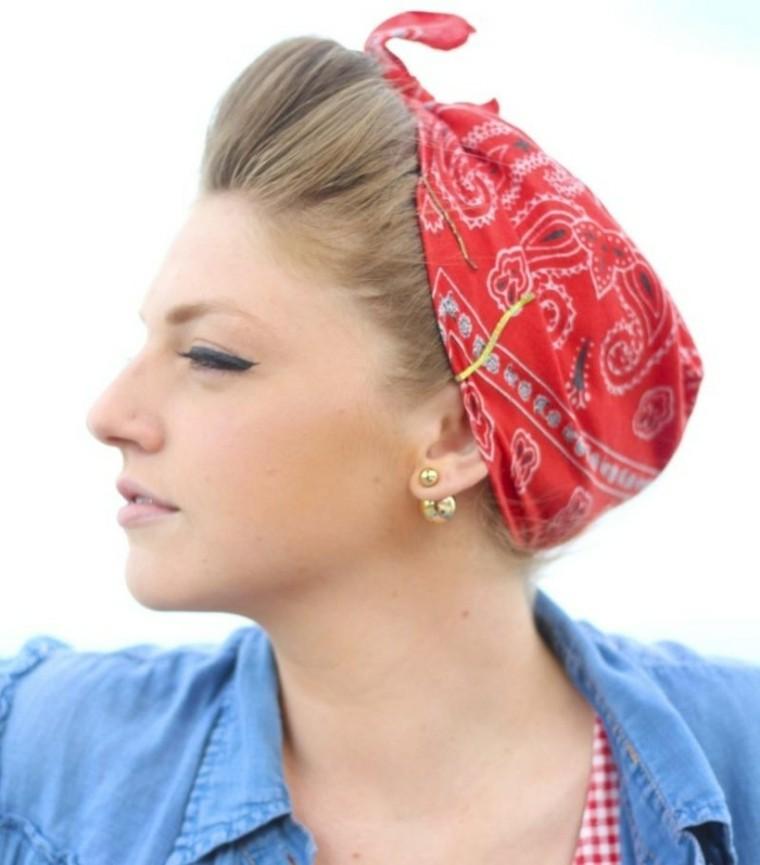 bandana rojo tupe recogido