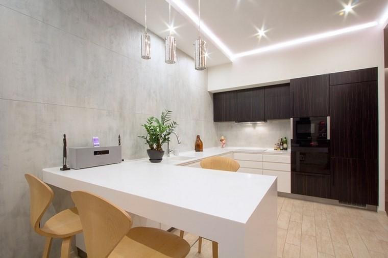 pared gris armarios madera marron oscuro blanco moderna