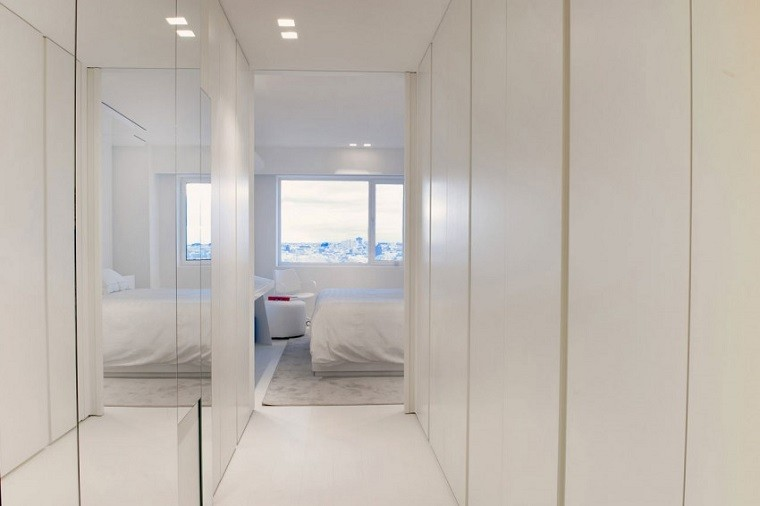 pasillo dormitorio color blanco penthouse