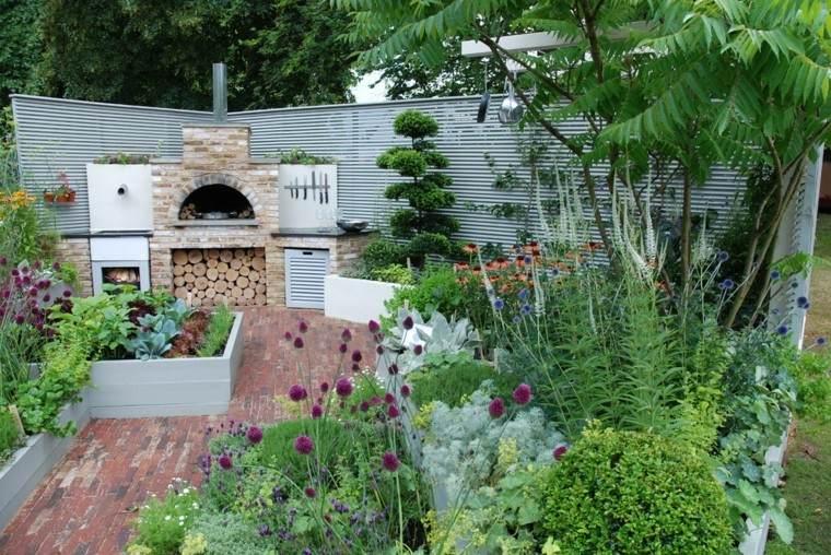 patio cocina muchas plantas chimenea