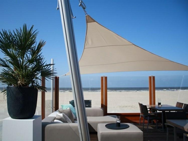 Toldos y parasoles de dise o moderno 50 ideas - Tende vela da esterno ...