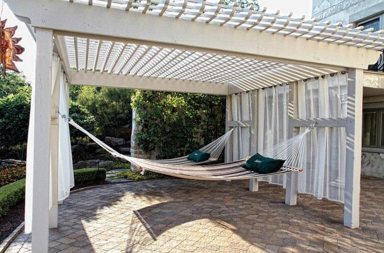 pergola blanca hamacas terraza moderna ideas