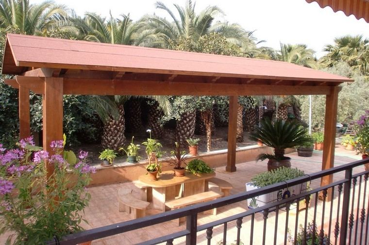 pergola grande jardin amplio mesa bancos madera ideas