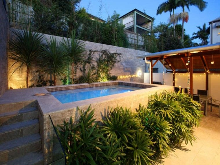 pergola mirador jardin pequeño piscina