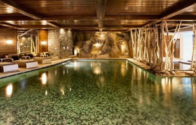 piecina cubierta estilo spa diseño