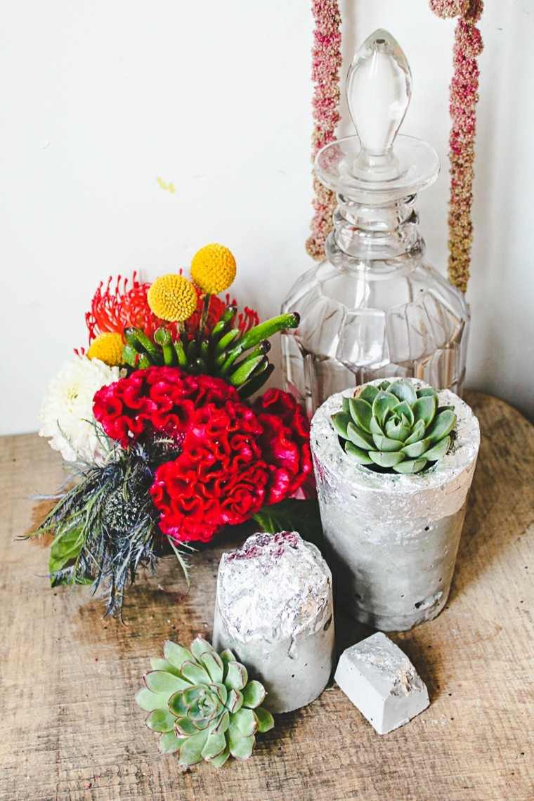 piedras flores decorando mesa ideas interesantes