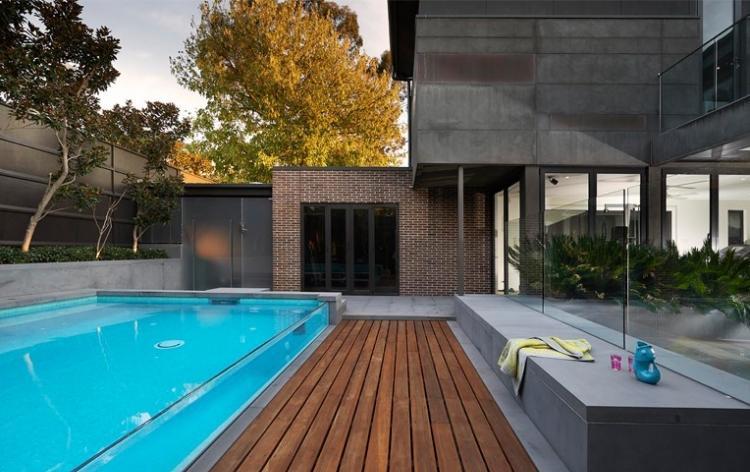 piscina acuario plataforma madera banco