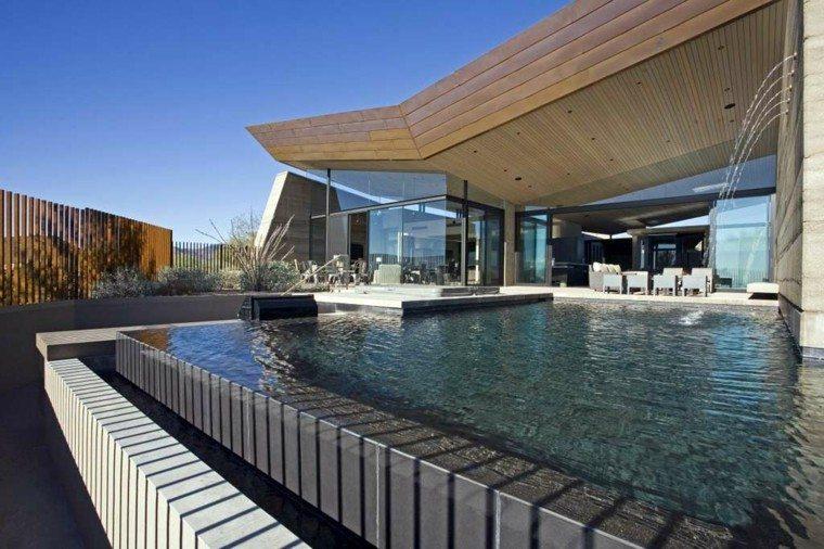 piscina borde escalonada moderna porche