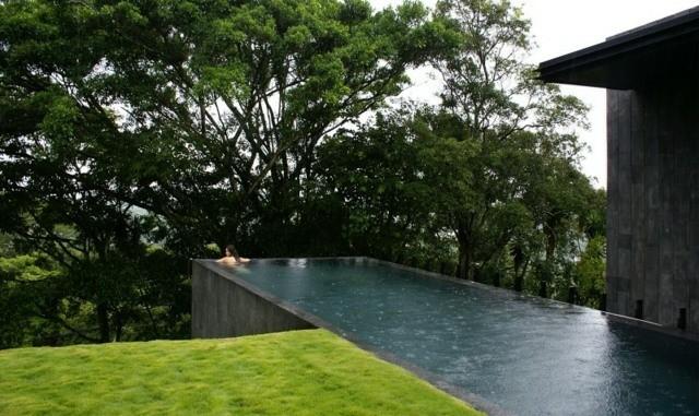 piscina hormigon forma rectangular gris