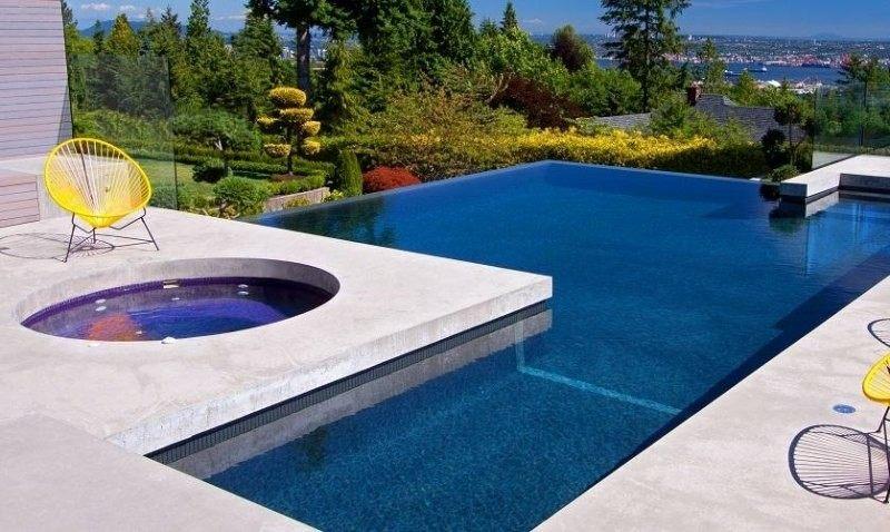 piscina infinita vistas jacuzzi redondo