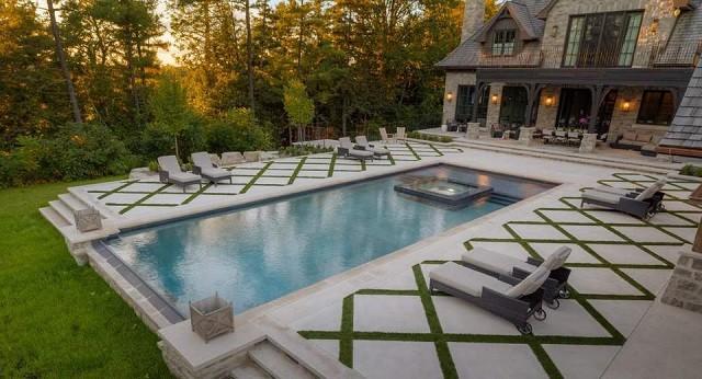 piscina-jardin-amplio-diseno-estilo-suelo-moderno