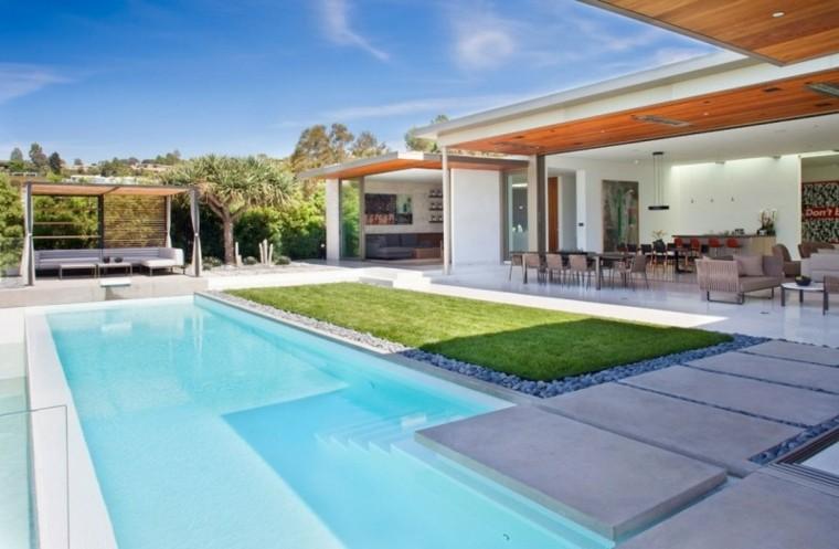 piscina jardin pergola madera muebles blancos ideas