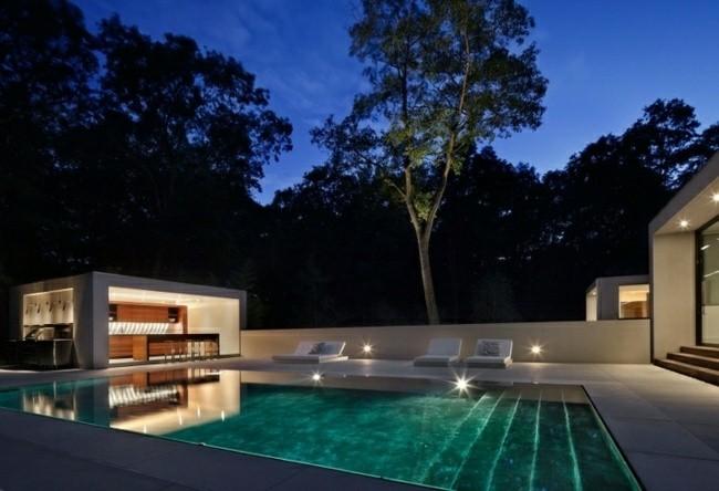piscina moderna foto noche escaleras