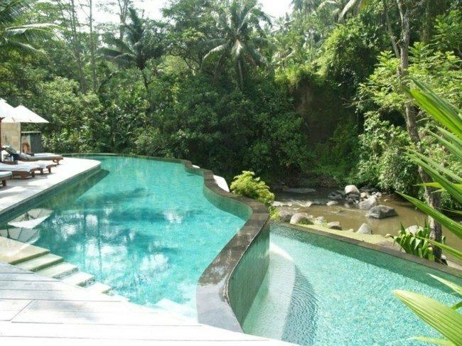 piscina nivelada escalones grandes plantas