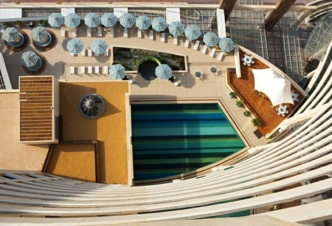 piscina vista aerea bandas