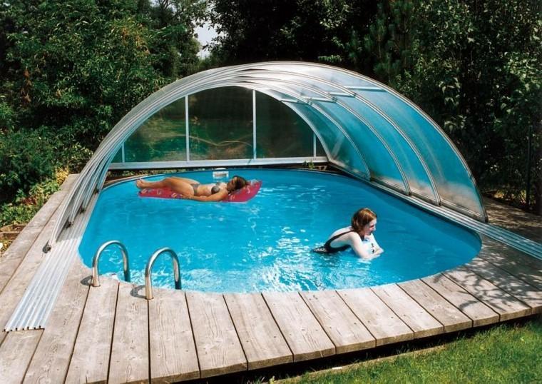 piscinas diseño cubierta cesped madera