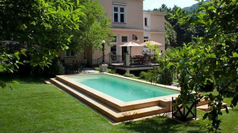 piscinas diseño plantas jardin escalones