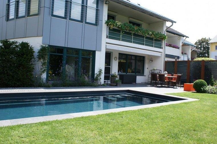 piscinas diseño verano casa cesped