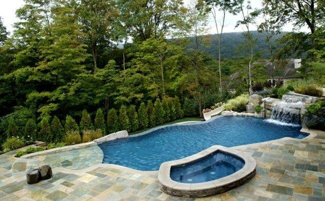 piscinas jakuzzi diseño jardin moderno