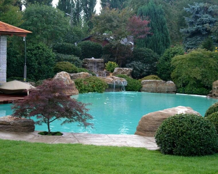 Piscinas jardines e ideas para el relax sin l mites Piscina natural jardin