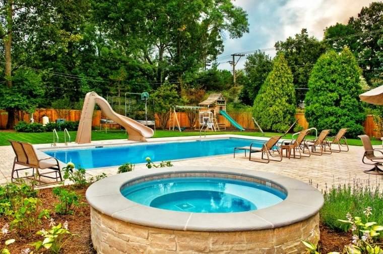 piscinas jardines diseño canales juegos jacuzzi