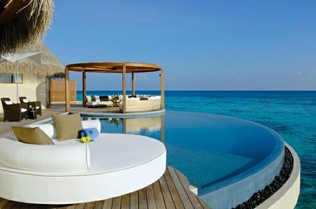 piscinas modernas forma redonda vistas