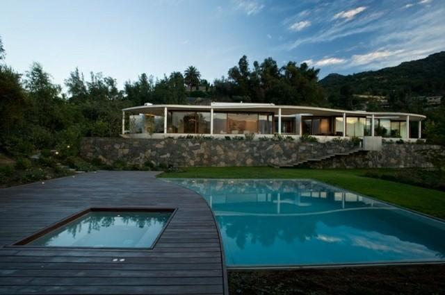 plataforma madera diseño piscina