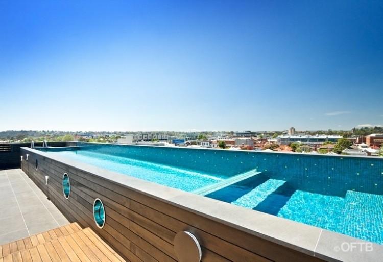 proyecto piscina estilo nautico moderno