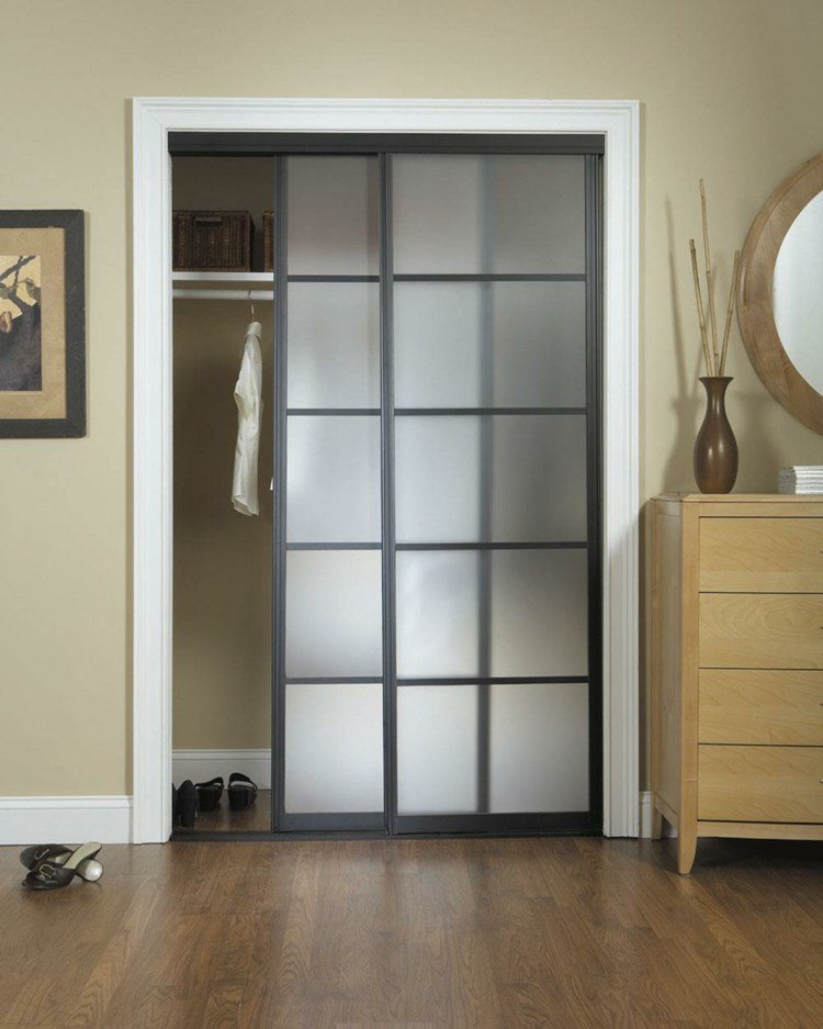 Puerta corredera 50 modelos para un espacio funcional for Puertas para recamaras modernas