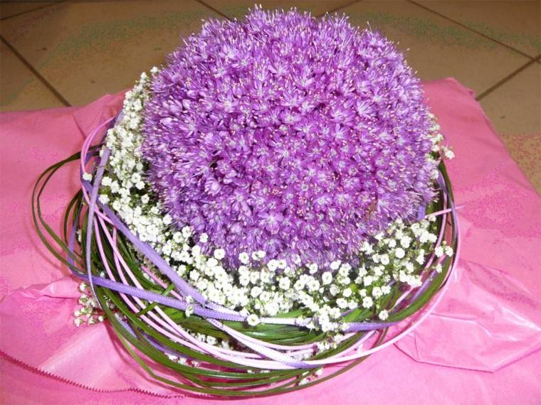 ramos de flores silvestres purpura blanco ideas