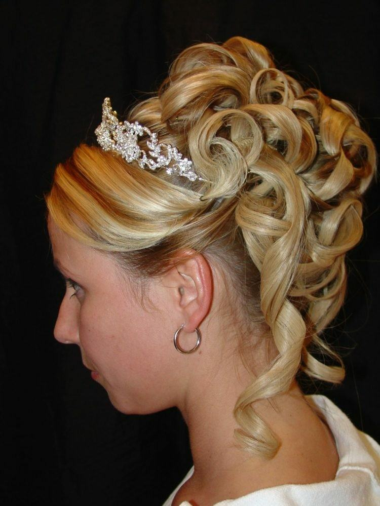 recogido novia rubia bules tiara