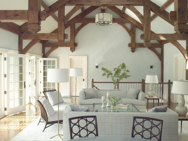 salon color blanco muebles pared madera techo ideas