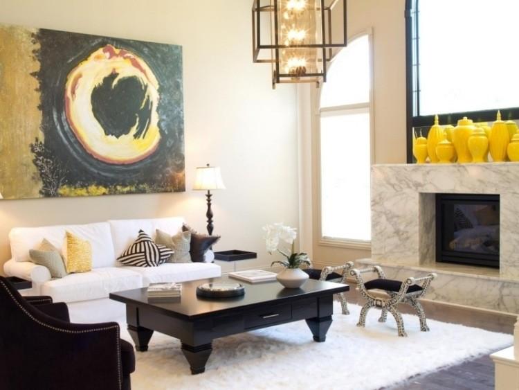 salon lujo chimenea marmol mesa baja madera sofa ideas